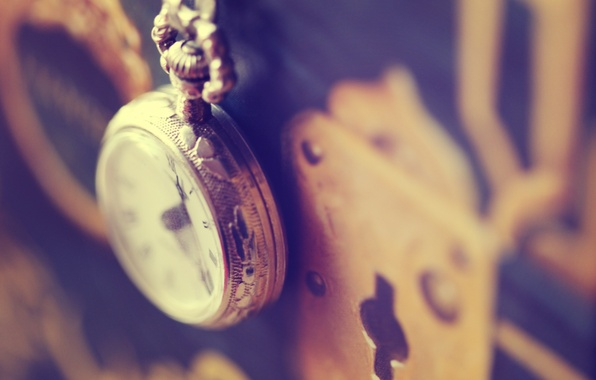 Picture macro, castle, watch, gold, chain, gentle background