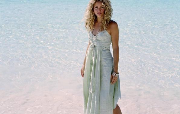Picture sea, beach, water, girl, music, hair, dress, blonde, beads, singer, curls, bracelets, Shakira, shakira, summer, …