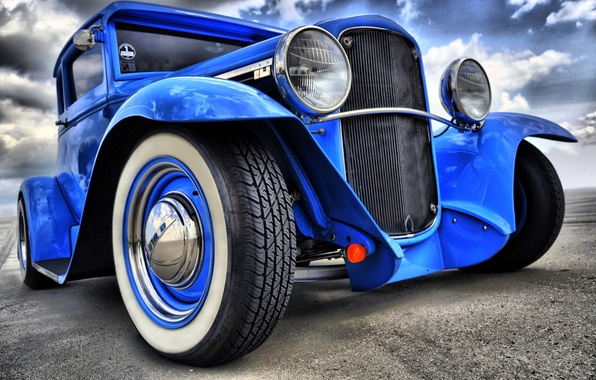 Picture the sky, clouds, lights, wheel, hot rod