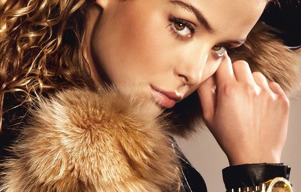 Picture eyes, look, girl, hair, watch, hand, makeup, jacket, fur, curls