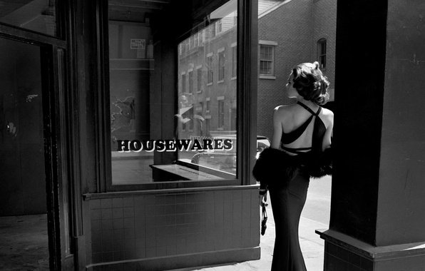 Picture girl, photo, street, back, dress, the door, day, black and white, shop, empty, showcase