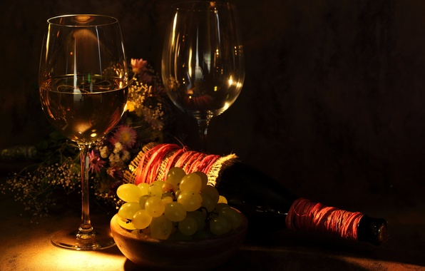 Picture flowers, table, wine, bottle, glasses, grapes, twilight, a bunch
