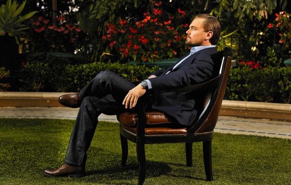 Picture lawn, garden, photographer, newspaper, actor, sitting, photoshoot, in the chair, Leonardo DiCaprio, Leonardo DiCaprio, 2014, …