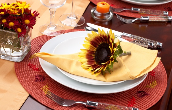Picture flowers, sunflower, candles, glasses, plates, knives, napkin, fork, Mat, serving, Cutlery