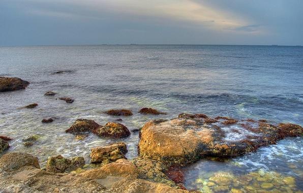 Picture stones, Sea, horizon