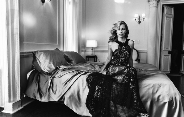Picture photo, room, bed, pillow, dress, actress, hairstyle, bed, black and white, Elizabeth Banks, Allure, Elizabeth …