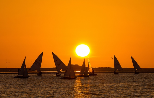 Picture the sky, the sun, sunset, lake, boat, yacht, sail