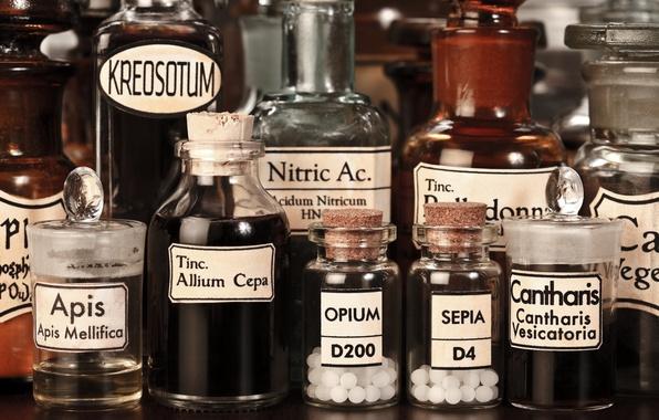 Picture bottles, titles, liquids, products