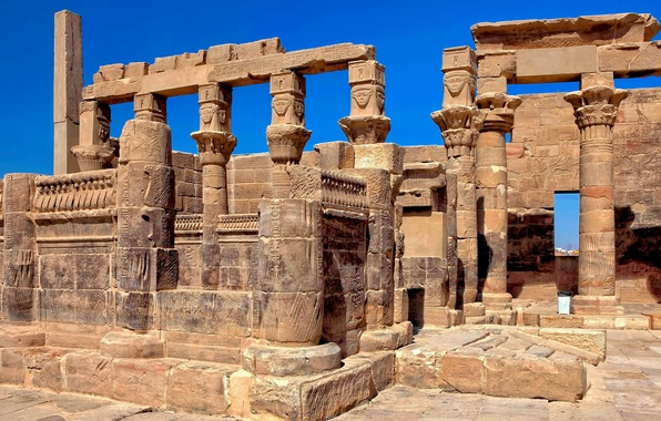 Picture the sky, columns, temple, Egypt, ruins