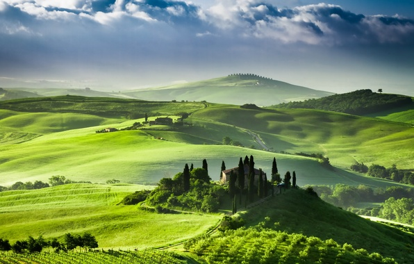Picture Italy, Tuscany, Sunrise in San Quirico d'orcia