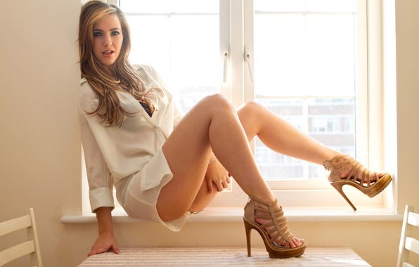 Picture girl, window, shoes, sill, shirt, legs, sitting, sophia knightis