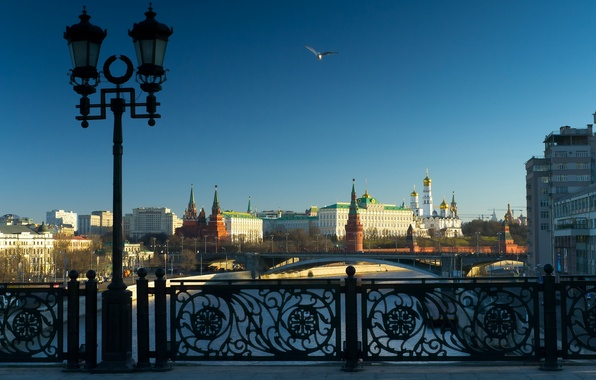 Picture bridge, river, lantern, Moscow, The Kremlin, Russia, The Moscow river, The Patriarchal bridge