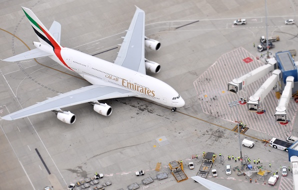 Picture The plane, People, Airport, The view from the top, A380, Passenger, Airbus, Airliner, Emirates Airline, ...