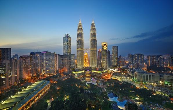 Picture the sky, lights, Park, horizon, twilight, Malaysia, Kuala Lumpur, twin towers Petronas