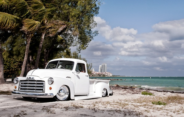 Picture white, beach, the sky, clouds, retro, palm trees, shore, tuning, pickup, tuning, the front, GMC, …