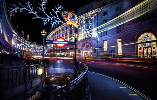 Picture winter, road, light, night, the city, lights, people, metro, street, England, London, building, home, excerpt, …