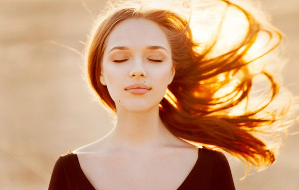 Picture Lena, natural light, Golden hair