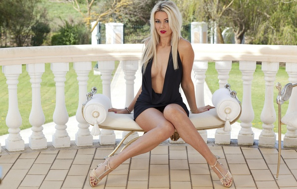 Picture girl, black, breast, beautiful, women, lips, hair, blonde, nails, sit, Dress, Anna Victoria