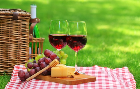 Picture grass, nature, wine, red, basket, bottle, cheese, glasses, grapes, picnic, napkin