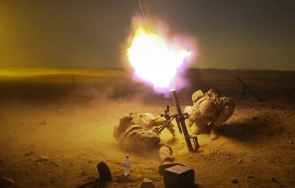 Picture shot, soldiers, mortar