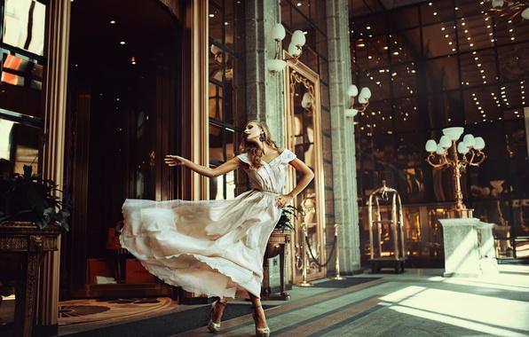 Picture girl, the city, dress, Russia, glamor escape