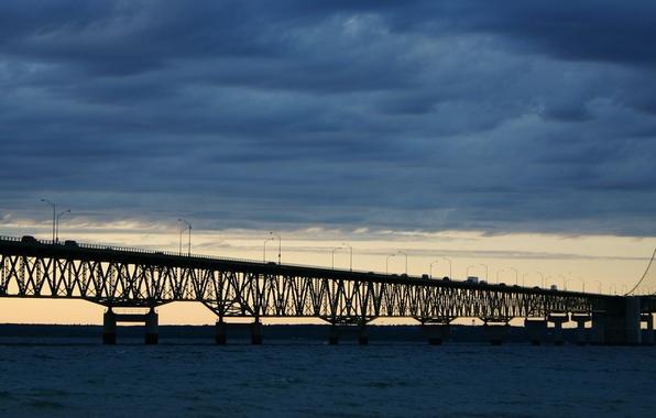 Picture Bridge, Strait, Machine