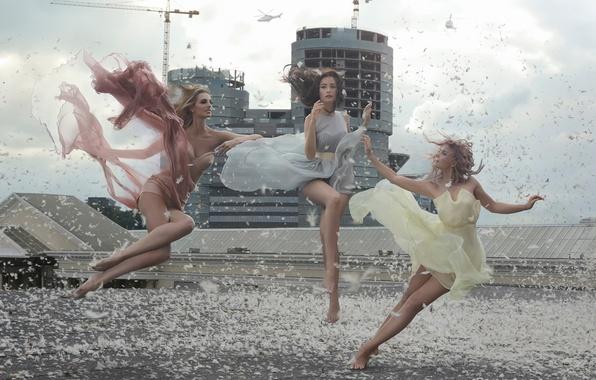 Picture group, levitation, Factory, pop