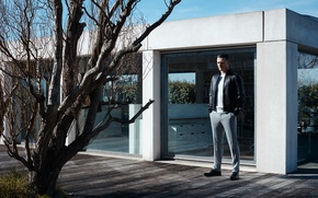 Picture jacket, costume, actor, photoshoot, Luke Evans, Luke Evans, Matt Holyoak, Article