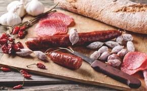 Picture bread, pepper, sausage, garlic, sausage slicing
