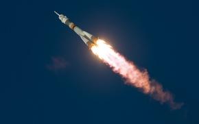 Picture Soyuz TMA-19M, flight, space