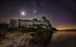 Picture night, the moon, stars, Ukraine, Ackerman, Dniester estuary, Belgorod-Dnestrovskiy fortress