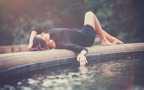 Picture girl, beautiful, fountain, legs, photographer, lying, Aaron Woodall