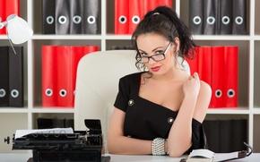 Picture look, model, brunette, glasses, office, katie