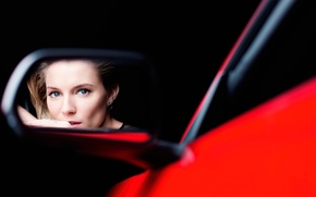 Picture reflection, Sienna Miller, Ford Mustang