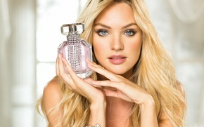 Picture look, Candice Swanepoel, South African supermodel