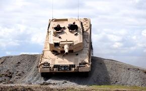 Picture mountain, India, tank