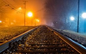Picture night, fog, railroad