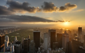 Picture the sky, the sun, the city, building, New York