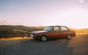 Picture road, the sky, the sun, clouds, hills, lights, shadow, BMW, valley, horizon, wheel, E21