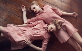 Picture girls, sleep, floor, friend