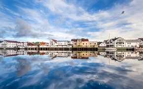 Picture the sky, reflection, home, Seagull, boats, sky, houses, reflection, boats, seagull, fishing village, fishing village