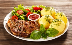 Picture meat, tomatoes, sauce, tomatoes, salad, tomatoes, potatoes, meat, sauce, steak