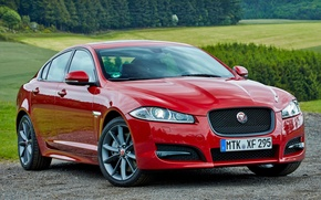 Picture mountains, red, jaguar