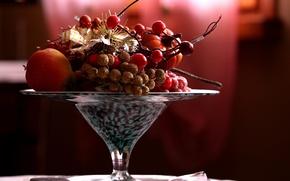Picture berries, vase, fruit, still life, glaze