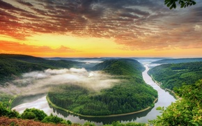 Picture forest, clouds, river, dawn, haze