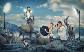 Picture mountains, children, girls, photoshoot