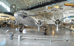 Picture the plane, hangar, Museum, Boeing-307, Stratoliner