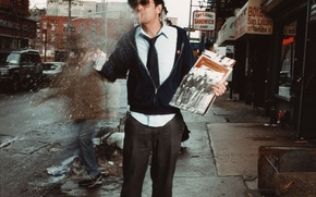 Picture street, hat, records, Johnny Knoxville, cranks, hasty, Johnny Knoxville