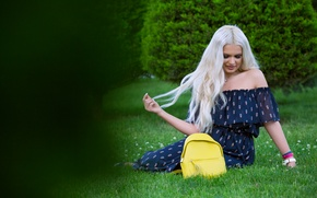 Wallpaper grass, face, style, hair, dress, blonde, bag, beauty