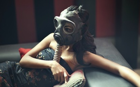 Picture girl, pose, gas mask